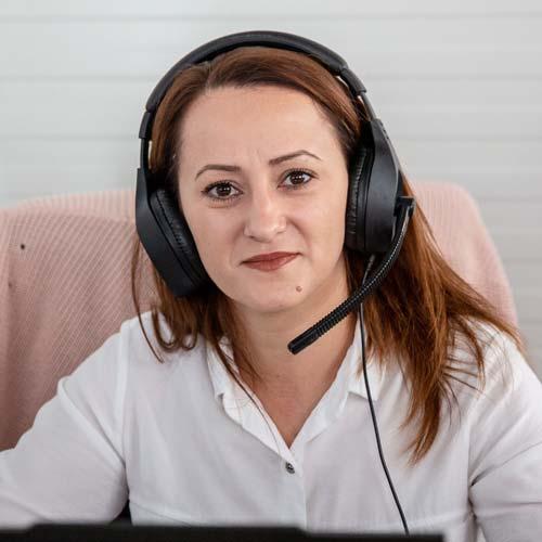 Адриана Аврам Служтел | euShipments
