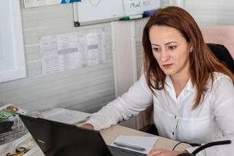 Chat и e-mail обслужване | euShipments